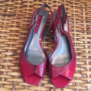 Bandolino Red Patent Leather Sandal